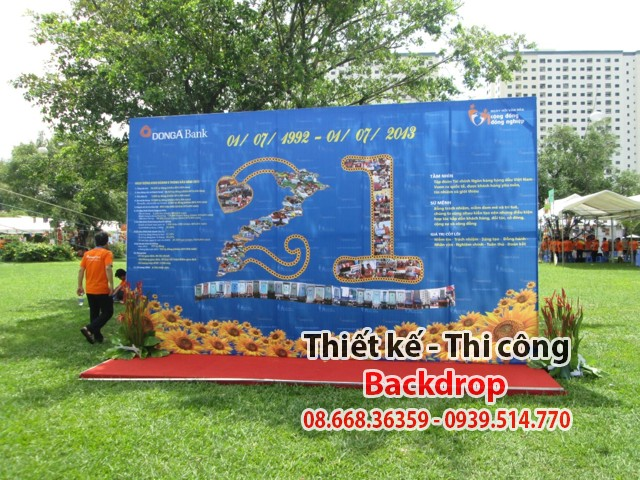 http://buocchanviet.net/wp-content/uploads/2016/01/backdrop-sankhau-backdrop-thiet-ke-in-an-phong-bat-backdrop.jpg